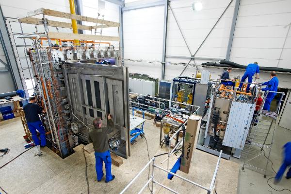 HOF Sonderanlagenbau technical forum offers advanced freeze drying insights