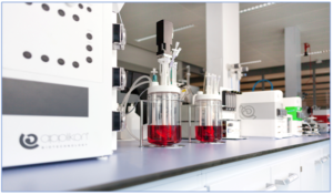 Applikon's AppliFlex ST customizable bioreactors with sophisticated control systems: ideal platforms for Evolutionary Engineering of microorganisms
